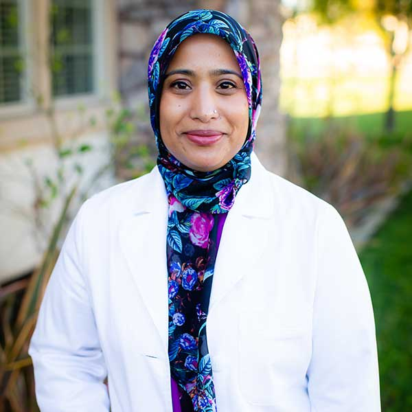 Dr.Amna-Rizvi MD